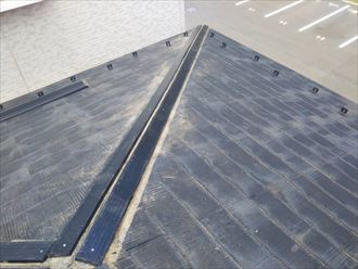 浦安市弁天で行った棟板金交換工事で貫板に樹脂製貫板のタフモックを設置