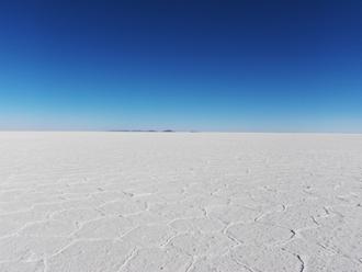 乾いたウユニ湖