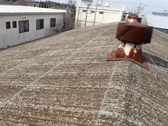 工場屋根の雨漏り
