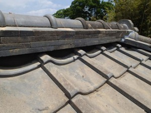 雨漏り補修 太陽光パネル撤去 部分葺き直し