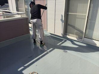 平場,2層目,ウレタン塗膜防水