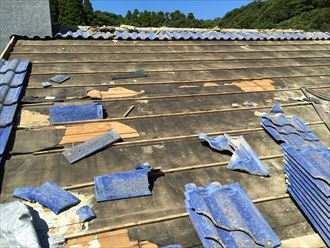 勝浦市 屋根葺き替え工事 剥がし011_R