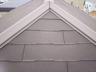船橋市西習志野で行った化粧スレート屋根調査で塗装の劣化により素地の露出
