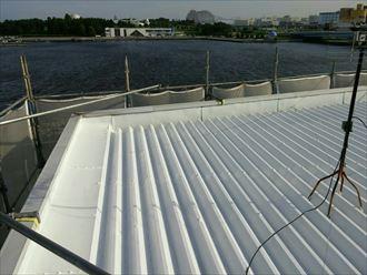 屋根塗装された折板屋根