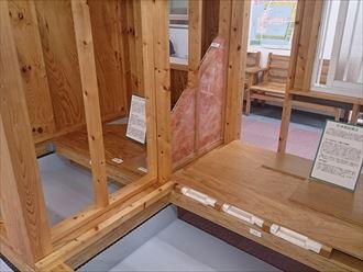 屋根の構造と木造001_R