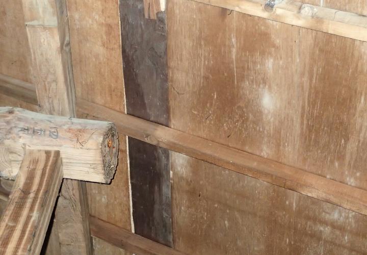 富津市数馬にて台風による影響で瓦屋根からの雨漏りを点検