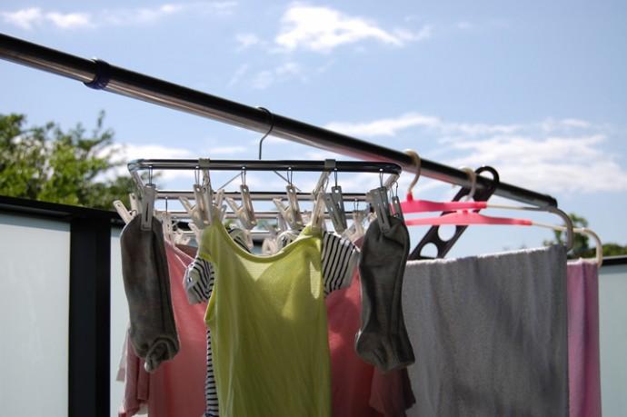 低いところに干された洗濯物
