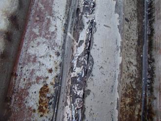 金属屋根の腐食