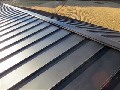 君津市|雨漏り発生!アールロックでの屋根葺き替え工事で改善