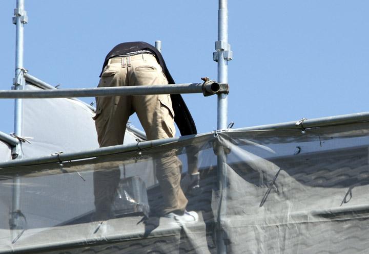 ラジカル制御の屋根用遮熱塗料「パーフェクトクーラーベスト」