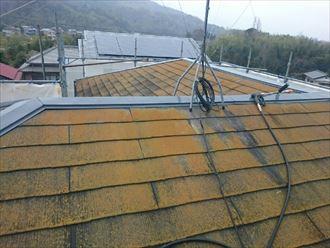 君津市で遮熱塗料で屋根塗装 重要な下処理を行いました