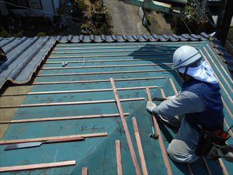 現在、屋根工事中