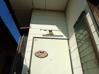 茂原市のアパート屋根工事と一緒に外灯交換工事も施工しました