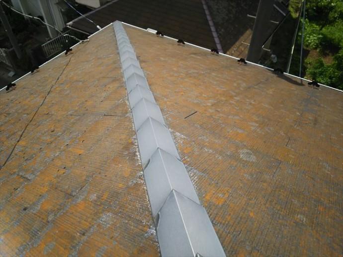 松戸市樋野口で行った屋根調査で化粧スレートの防水性が低下しています