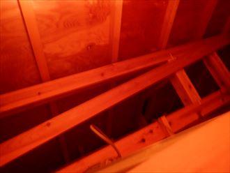 東金市 洋瓦のズレと割れ001_R