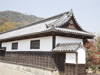江戸時代から建つ武家屋敷