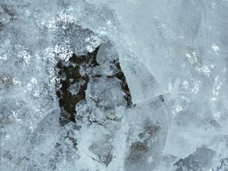 凍害をもたらす氷