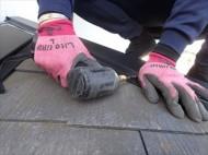 市原市南国分寺で行った棟板金交換工事はSUSビスで棟板金を固定します