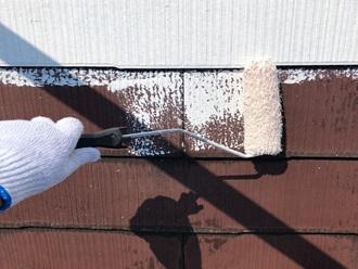 サーモアイシーラーで下塗り、ローラー塗り