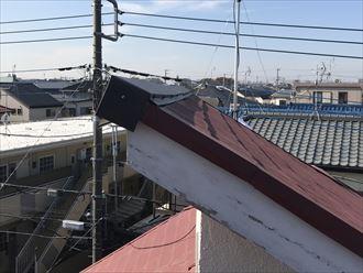 片流れ屋根の棟板金交換
