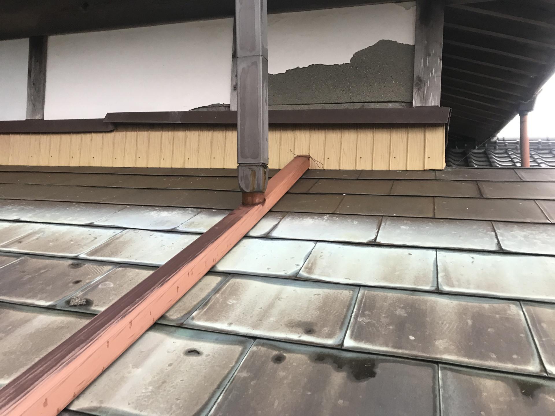 ベランダ雨漏り調査、モルタル壁