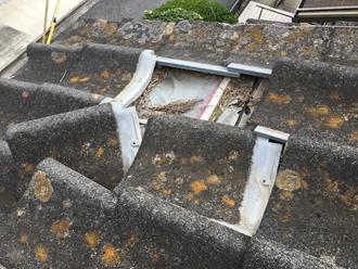 セメント瓦のズレ、雨漏りの危険