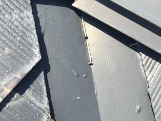 棟板金を固定する釘が抜け落ちていました