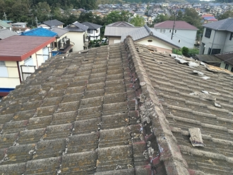 市原市光風台にてセメント瓦の飛散、製造されていないので屋根葺き替え工事