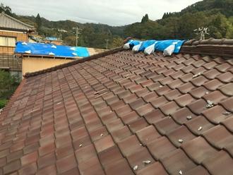 瓦屋根の調査実施、台風被害