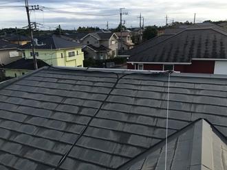 スレート屋根に登り調査実施