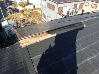 袖ケ浦市 屋根上部の棟板金の飛散