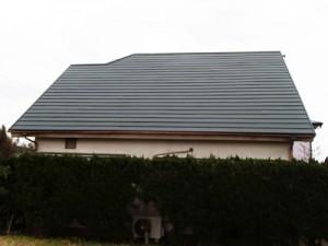 長生郡白子町にてスレート屋根飛散、カバー工法で解決アフター