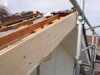 破風板の設置