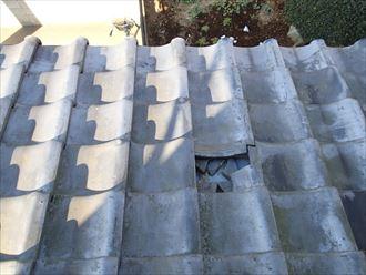 君津市の瓦屋根割れ落下による二次被害と漆喰の劣化