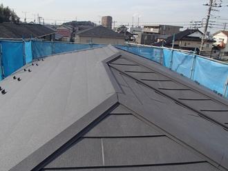 スレート屋根金属カバー工事例