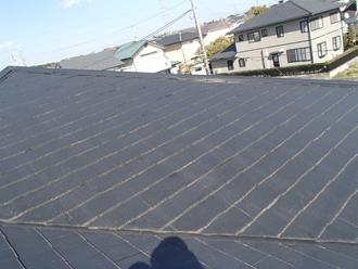 スレート屋根の調査を実施、色あせ