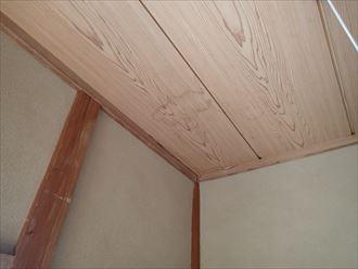 富津市の雨漏り棟板金と屋根塗装不適切な施工が原因