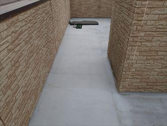 千葉市緑区の屋上ベランダ雨漏り修理FRP防水工事