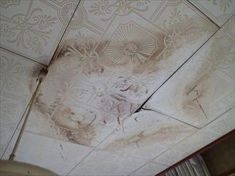 富津市の雨漏り調査ラーバーロック工法による排水不良