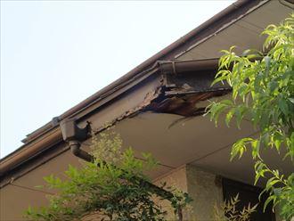 富津市 軒天の剥がれ・破風板の腐食