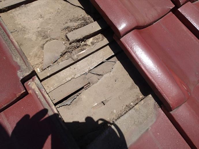 市原市 防水紙の破れ