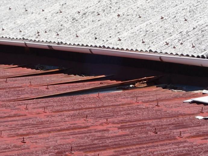 市原市 屋根材の剥がれ