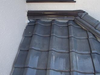 瓦屋根から雨漏り発生