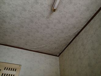 木更津市のベランダ防水の劣化による雨漏り