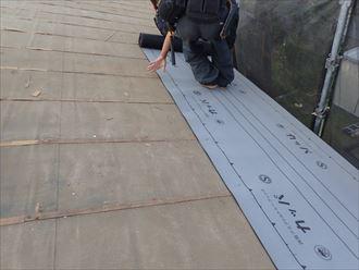 防水紙葺き
