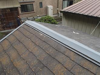 スレート屋根の調査、苔、割れ