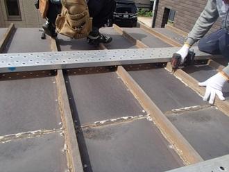 バルコニーの屋根交換工事