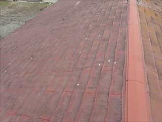 白子町|スレート屋根材の破損をスーパーガルテクトでの屋根カバー工法で改善!