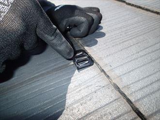 スレートの屋根塗装に必須のタスペーサーに新型が発売されました