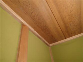 君津市の瓦屋根調査、防水紙が切れてしまった事による雨漏り